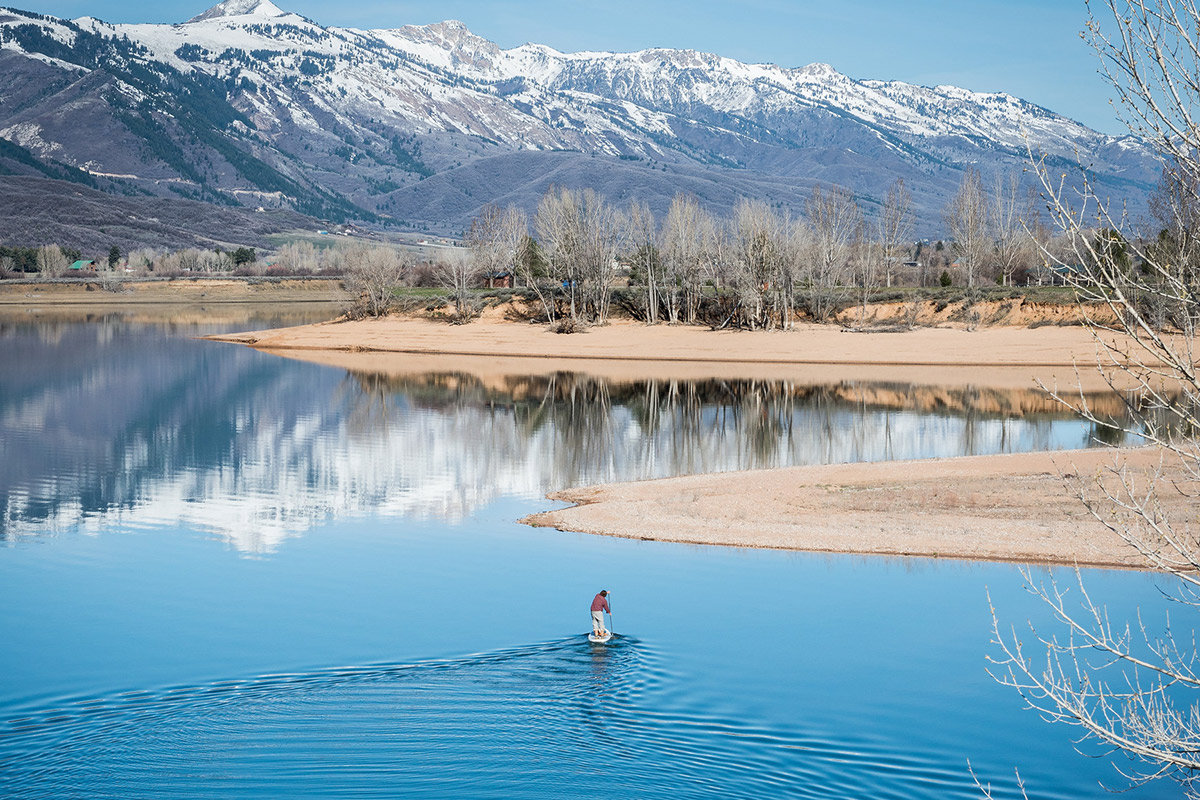 paddle boarding pineview reservoir play