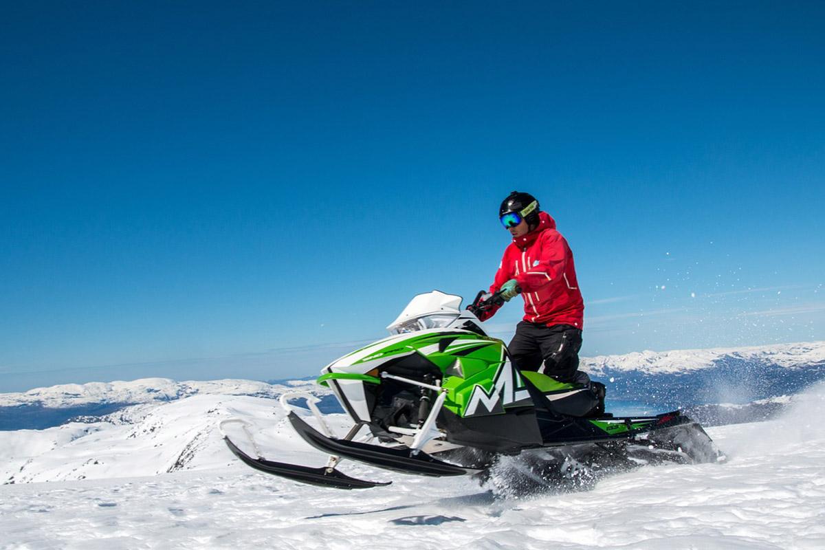 snowmobile huntsville utah winter wonderland