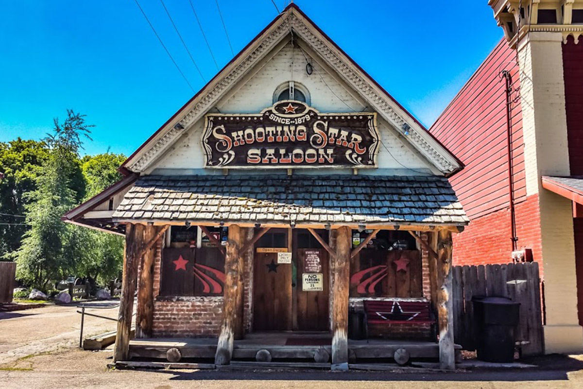 Shooting star saloon play in ogden valley
